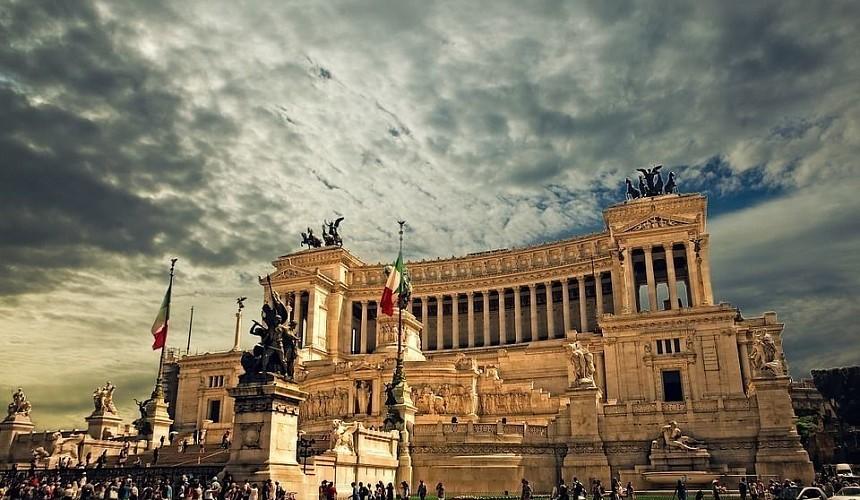 italiya primet turistov uzhe etim letom