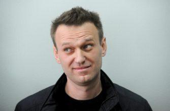 navalnyj vpervye publichno obratilsya k omskim vracham i pilotam kotorye ego spasli