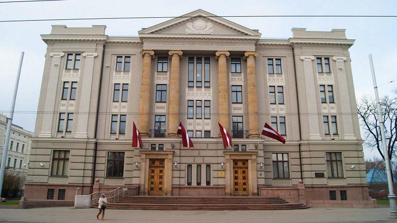 rossiya ne imeet ni moralnyh ni juridicheskih prav kommentirovat vnutrennie processy gosudarstv