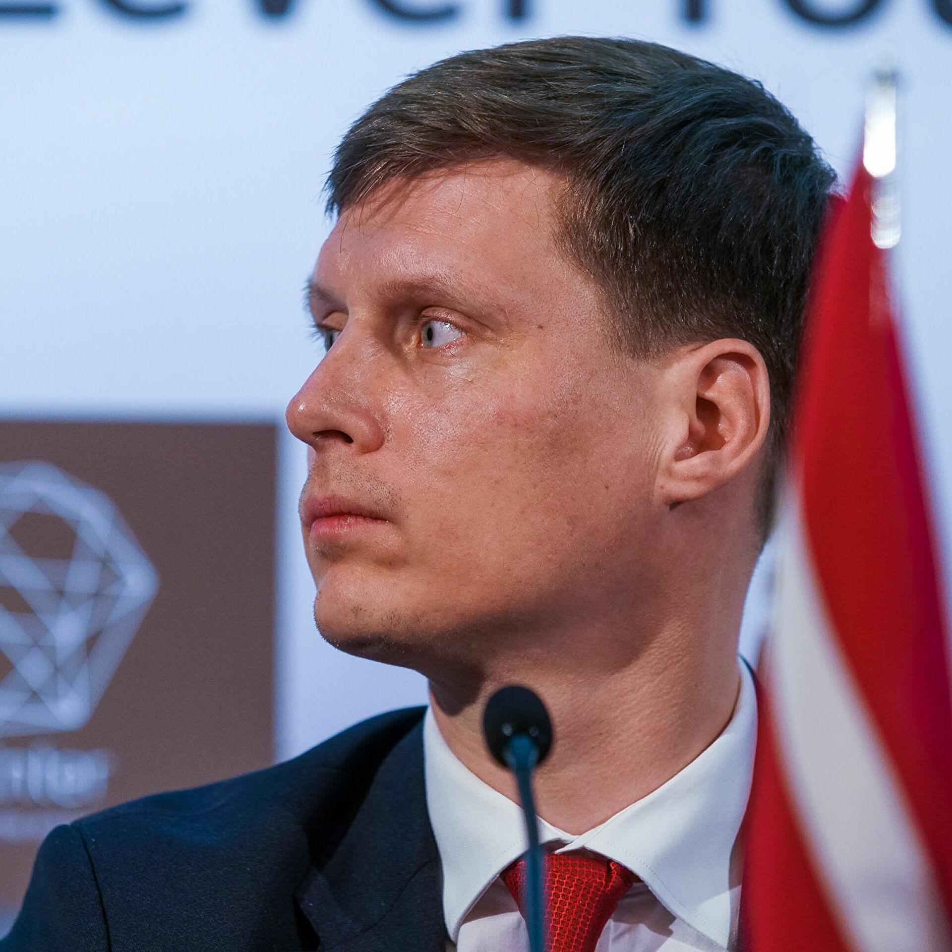 rossiya v ljuboj moment mozhet snizit cenu za gaz dlya latvii chtoby razorit terminaly spg strany
