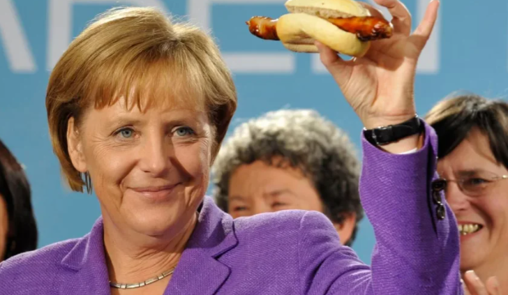 sosiski protiv merkel berlinskij pab vvel sankcii protiv kanclera sosiski protiv merkel berlinskij pab vvel sankcii protiv kanclera